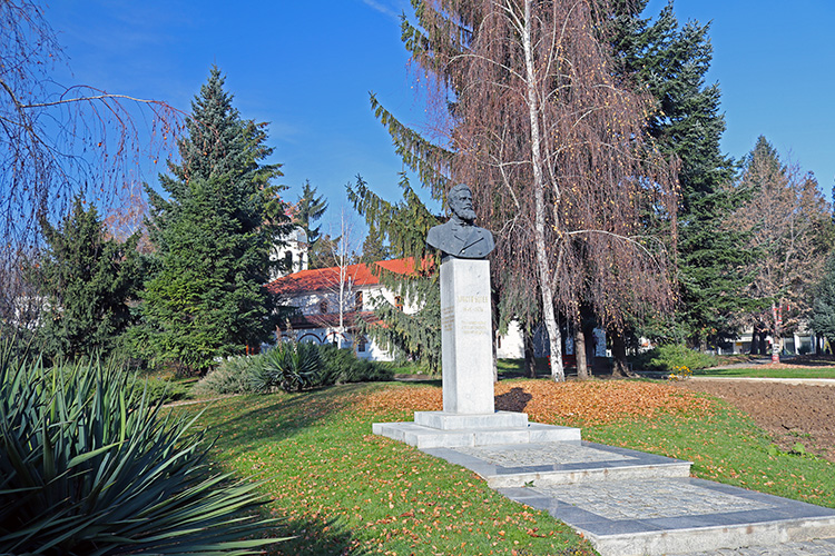 Паметникът на Христо Ботев в Гоце Делчев