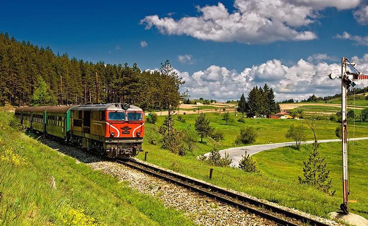 Гара Аврамово. Снимка: www.tesnolineikata.com