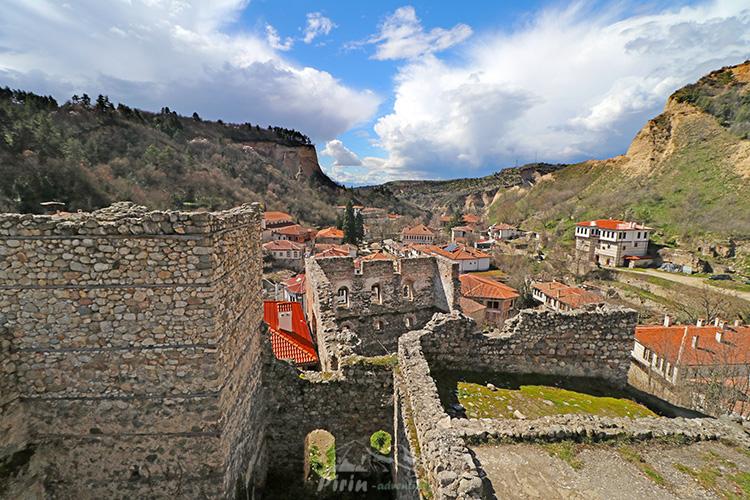 Болярската къща и Часовниковата кула в Мелник